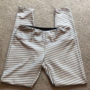 Ododos Gray and White Striped Leggings